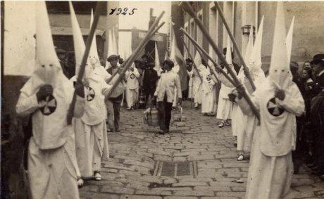 nazarenos_amargura_1925